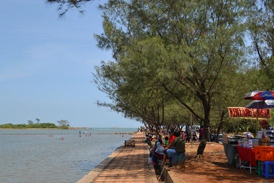 Pantai Marina