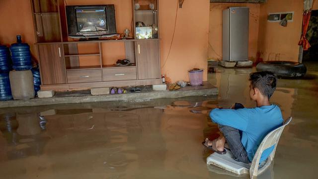 foto lucu saat banjir