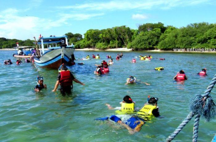 Wisata Bahari Pulau Untung Jawa