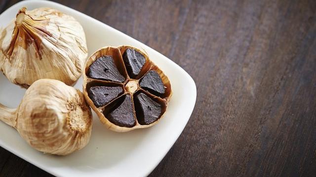 manfaat black garlic