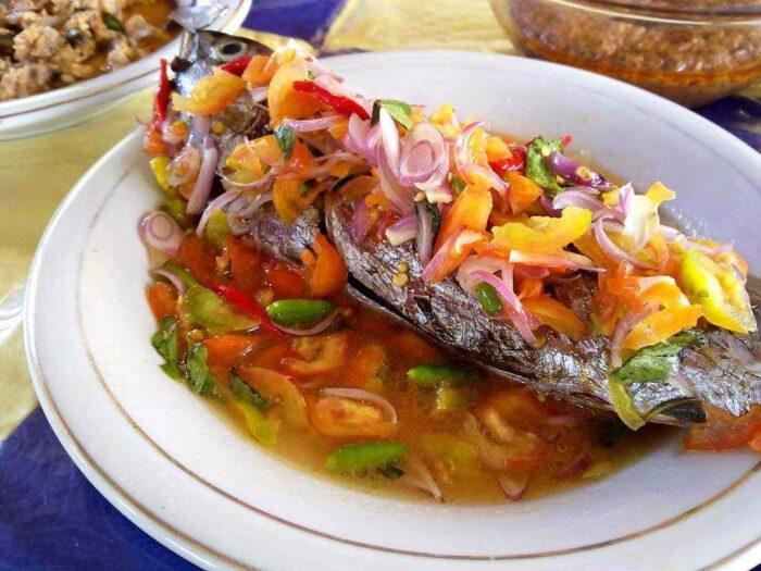 Ikan Bakar Colo Dabu