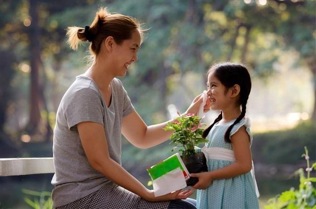 mengajarkan sopan santun pada anak
